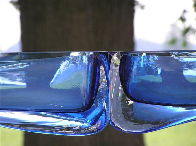 Lapis detail - Glass+Steel